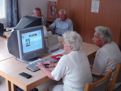 Surfer im AWO Internet-Cafe